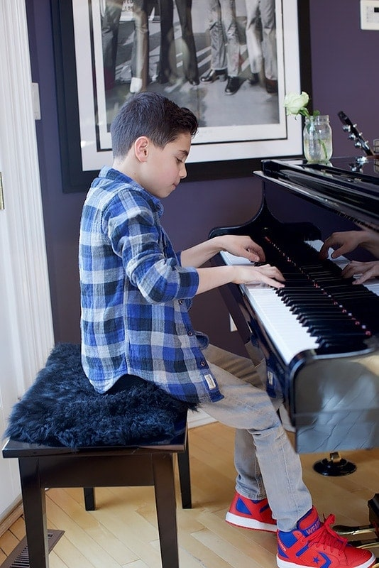 Playing Piano NYC Music To Your Home