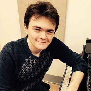 Logan V. Guitar, Piano