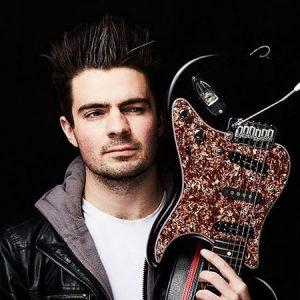 Marc M. Guitar, Violin